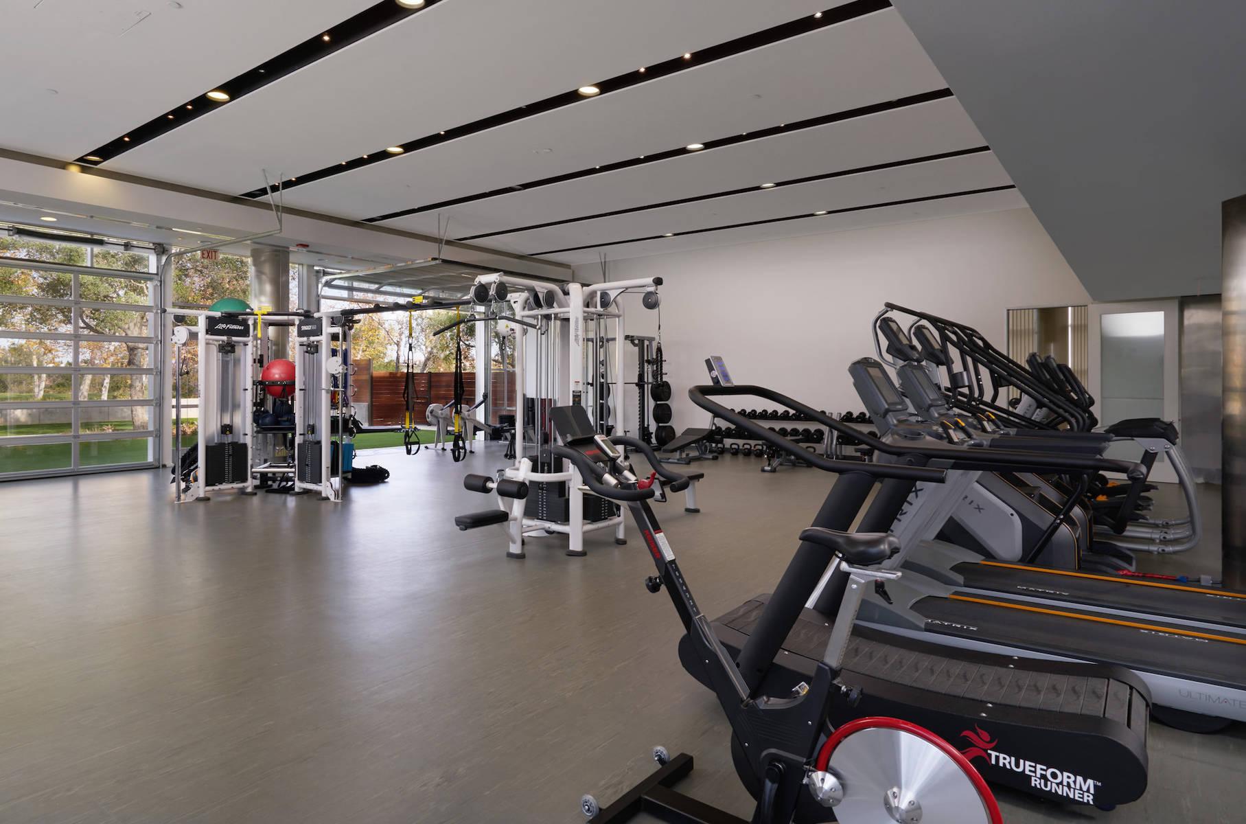 Verge   fitness area